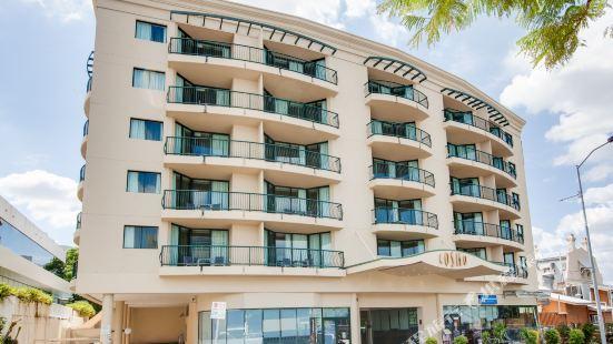 Central Cosmo Apartment Hotel Brisbane