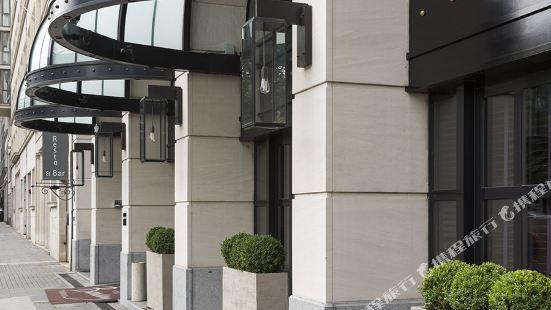 布魯塞爾沃裡克百賽酒店