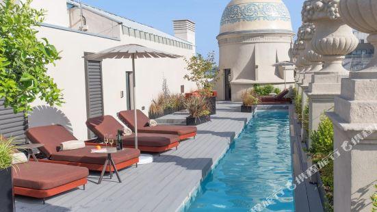Casagrand Luxury Suites Barcelona