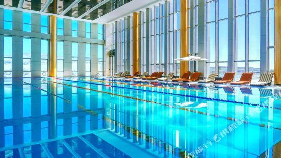 華凌第比利斯酒店