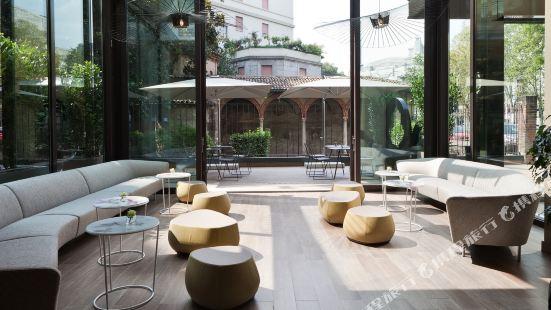 星際埃科酒店