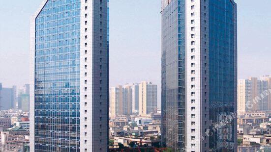 Yunda Sheraton International Plaza Apartment Hotel