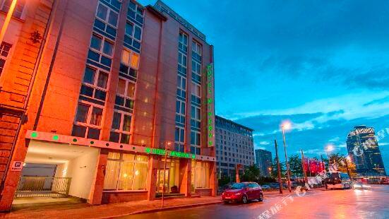 密涅瓦酒店