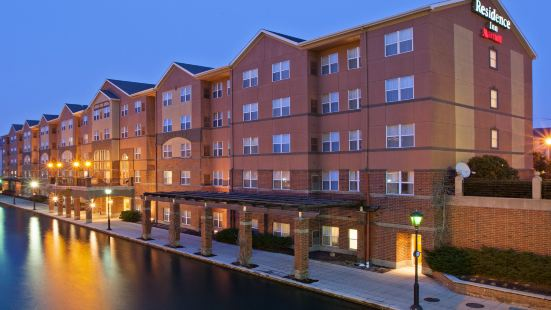 印第安納波利斯市中心運河畔居家酒店