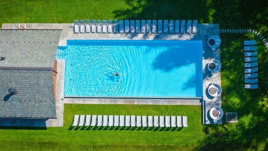 巴尼諾維QC温泉大酒店
