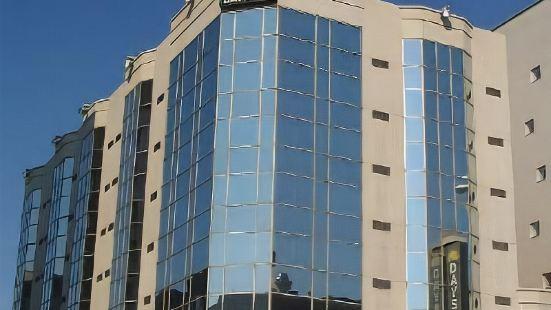 蒙特利爾中心科洛姆酒店