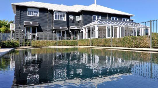 黑天鵝湖畔精品酒店