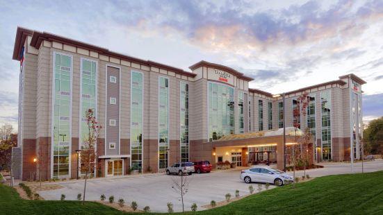 斯普林菲爾德城市套房酒店
