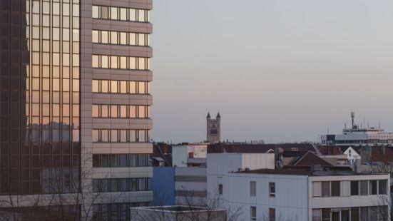 弗裏茨杜塞爾多夫國王大道酒店