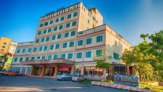 科梅納酒店