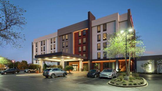 路易斯威爾東北歡朋酒店