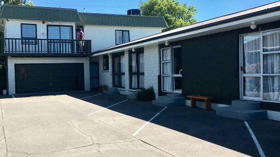 Adorian Motel