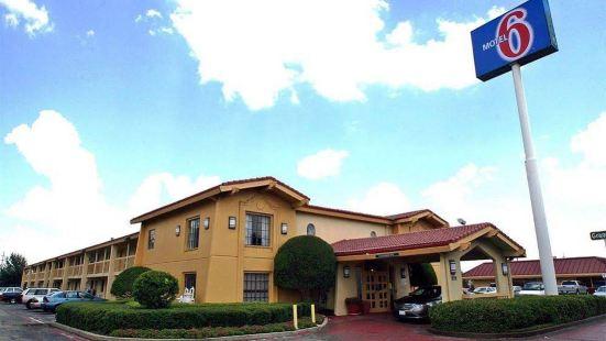 Motel 6-Garland, TX - Garland - Northwest Hwy