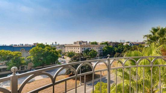 Beverly Hills Condos