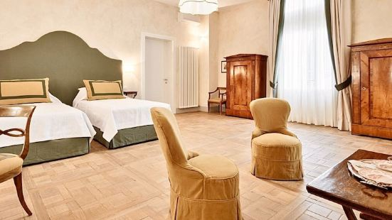 Palazzo Mantua Benavides Suites and Apartments