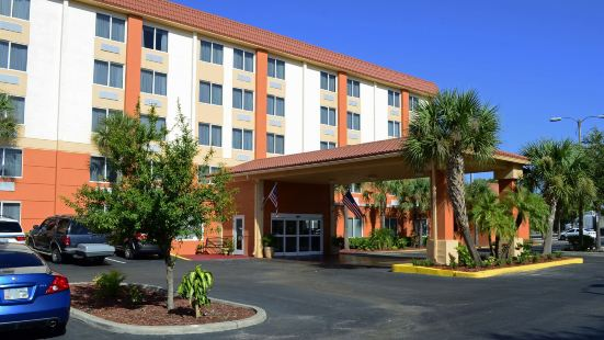 Comfort Inn St Petersburg North