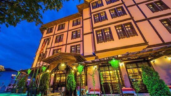 Zalifre Hotel