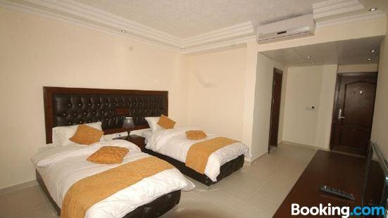 薩拉山酒店