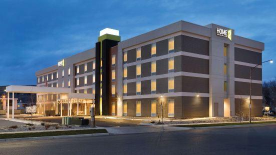 比靈斯希爾頓惠庭套房酒店