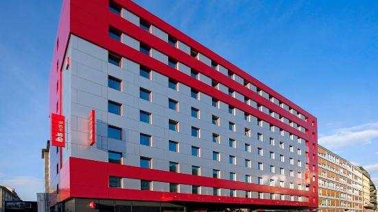 日內瓦國家中心宜必思酒店