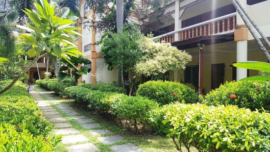 拉達那簡易別墅旅館
