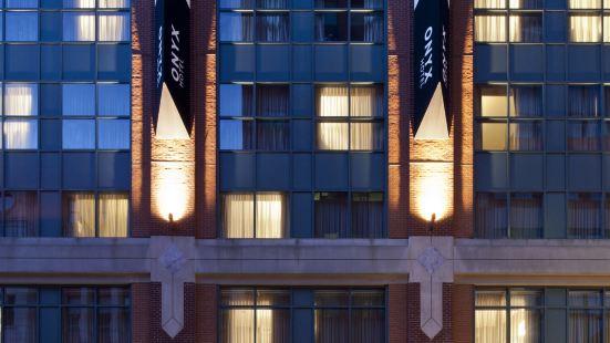金普頓奧尼克斯酒店