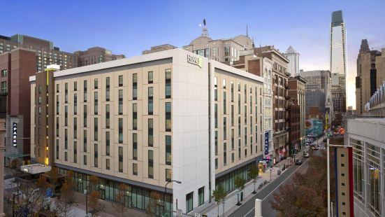 費城會議中心希爾頓惠庭套房酒店