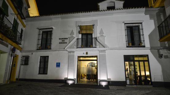 Legado Alcázar Hotel