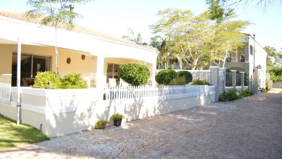 African Palm Cottage