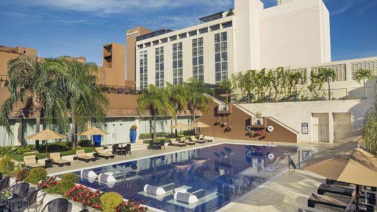 巴塞羅聖多明戈酒店