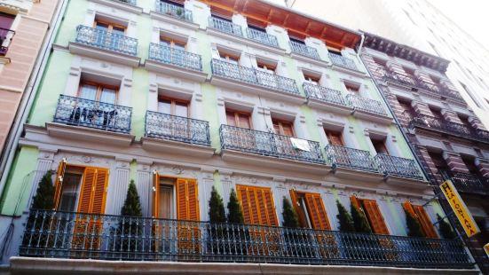 拉豐塔納旅館