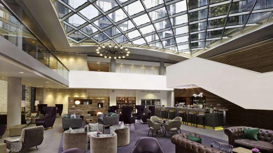 倫敦塔希爾頓逸林酒店
