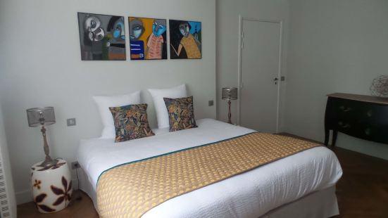 拉庫爾卡里酒店