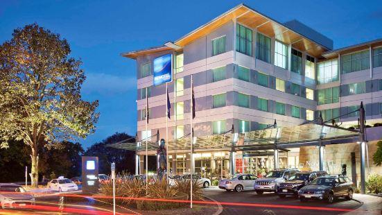 諾富特泰努伊漢密爾頓酒店