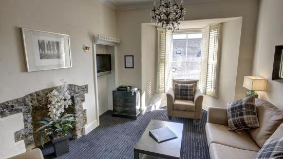 Stockwood Mews Apartments & Cottage