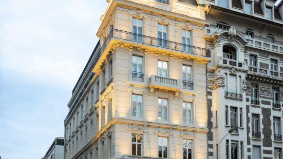 里昂拉法葉蓬奧考酒店