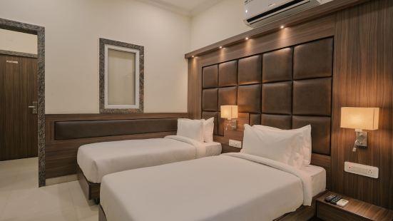 吉楊加爾酒店