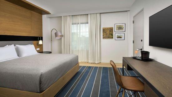 伊薩卡市中心卡諾皮希爾頓酒店