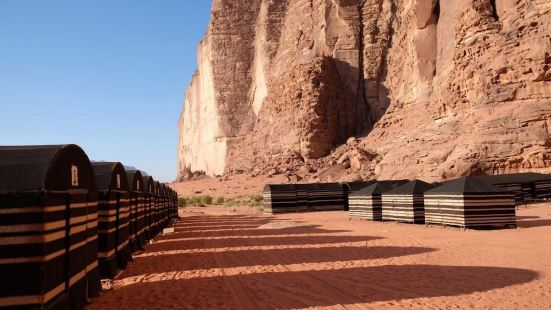 貝杜伊斯沙漠露營酒店