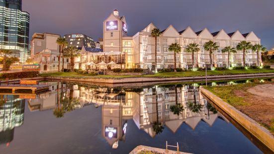 維多利亞和阿爾弗雷德水濱城市旅館酒店