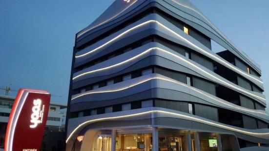 達喀爾雅斯阿爾馬代斯酒店