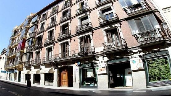 Hostal Atocha Almudena Martín