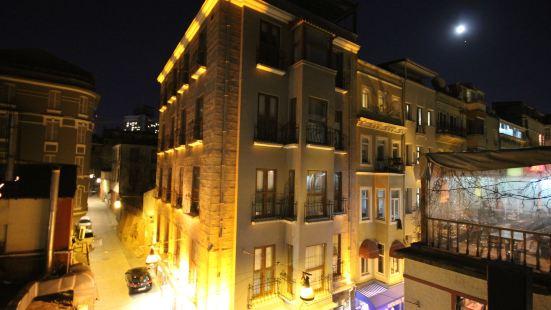 瑙帕薩科納吉酒店