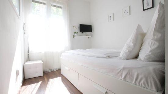 標準公寓 Hi5 酒店 - 納吉曼佐 11 號