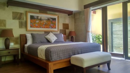 Mahe Garden Inn and Villas