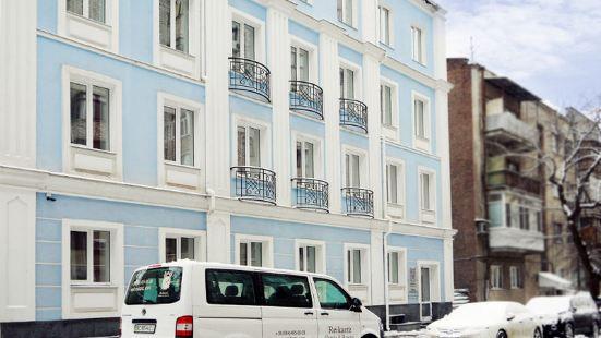 瑞卡斯卡克福酒店