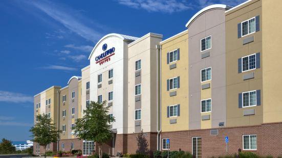 印第安納波利斯西北燭木套房酒店