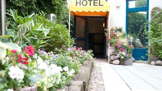 卡博尼特勞施酒店