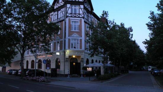 瑪賽羅餐廳旅館