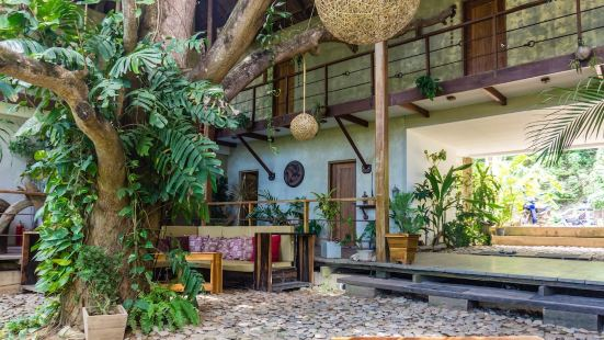Bluemango Rooms & Villas